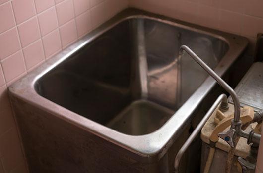 風呂釜・浴槽・湯沸かし器処分